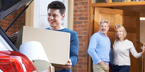 Why are students moving back to their parent's nest?
